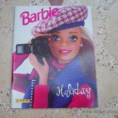 Coleccionismo Álbum: BARBIE HOLYDAY ALBUM DE CROMOS PANINI COMPLETO. Lote 35347423