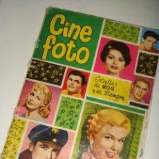 Coleccionismo Álbum: ALBUM CROMOS CINE FOTO AÑO 1961, 210 CROMOS. Lote 127518060