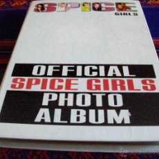 Coleccionismo Álbum: OFFICIAL SPICE GIRLS PHOTO ALBUM COMPLETO 120 FOTOS. MAGIC BOX A ZONE PRODUCTION. 1997. RARO.. Lote 113497971