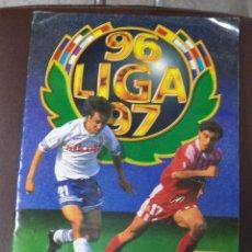 Coleccionismo Álbum: ALBUM DE CROMOS COMPLETO DE LIGA 96 / 97. EDICIONES ESTE. 158 DOBLES Y COLOCAS. ULTIMOS FICHAJES. Lote 67355978