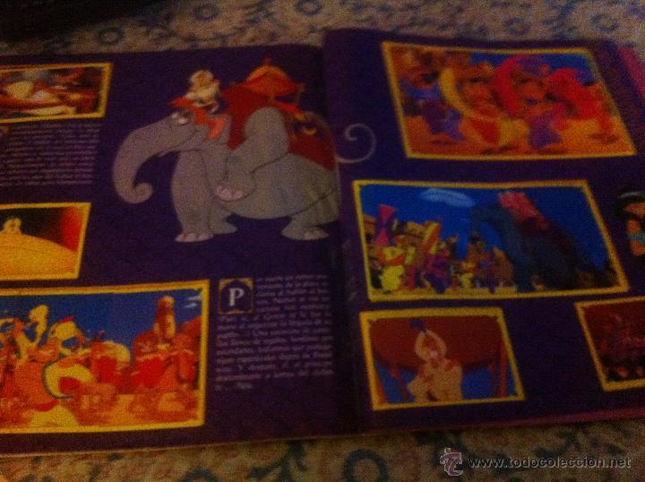 Coleccionismo Álbum: Pagina central con el detalle del pequeño refuerzo de celo que no se nota - Foto 2 - 51676570