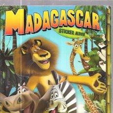 Coleccionismo Álbum: ALBUM. MADAGASCAR. STICKER ALBUM. PANINI. COMPLETO.. Lote 56116711
