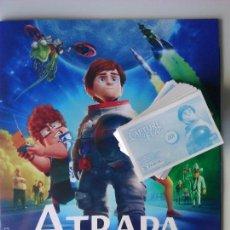 Collezionismo Álbum: ATRAPA LA BANDERA. PANINI. ALBUM + TODOS LOS CROMOS SIN PEGAR. COMPLETA. Lote 111032390