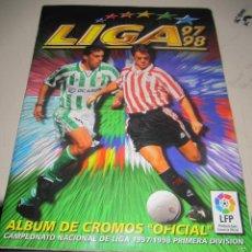 Coleccionismo Álbum: ALBUM LIGA 97 - 98. FUTBOL. COLECCIONES ESTE. COMPLETO CON COLOCAS Y ULTIMOS FICHAJES. VER. Lote 57658353