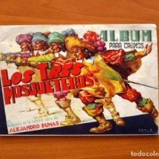 Coleccionismo Álbum: ÁLBUM LOS TRES MOSQUETEROS - COMPLETO - EDITORIAL J.L. AGUILAR, AÑOS 40 - VER FOTOS EN EL INTERIOR. Lote 80620866