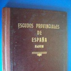 Coleccionismo Álbum: (AL-171100)ALBUM DE ESCUDOS PROVINCIALES DE ESPAÑA - AÑO 1954 (COMPLETO) - ENCUADERNACION DE LUJO. Lote 103665331