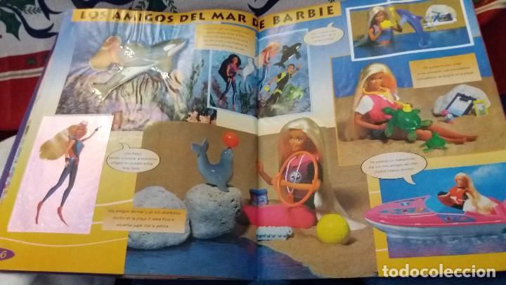 Coleccionismo Álbum: PANINI ALBUM BARBIE TM COMPLETO A FALTA DE 7 CROMOS CON POSTER CENTRAL. LEER - Foto 9 - 107823375