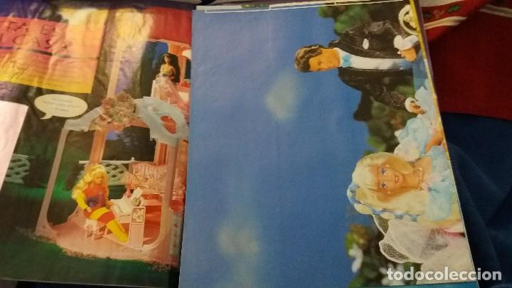 Coleccionismo Álbum: PANINI ALBUM BARBIE TM COMPLETO A FALTA DE 7 CROMOS CON POSTER CENTRAL. LEER - Foto 17 - 107823375