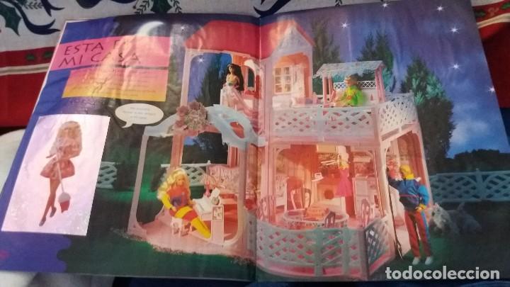 Coleccionismo Álbum: PANINI ALBUM BARBIE TM COMPLETO A FALTA DE 7 CROMOS CON POSTER CENTRAL. LEER - Foto 18 - 107823375