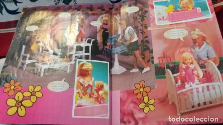 Coleccionismo Álbum: PANINI ALBUM BARBIE TM COMPLETO A FALTA DE 7 CROMOS CON POSTER CENTRAL. LEER - Foto 22 - 107823375