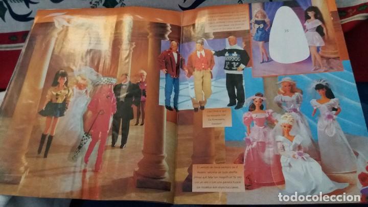 Coleccionismo Álbum: PANINI ALBUM BARBIE TM COMPLETO A FALTA DE 7 CROMOS CON POSTER CENTRAL. LEER - Foto 24 - 107823375