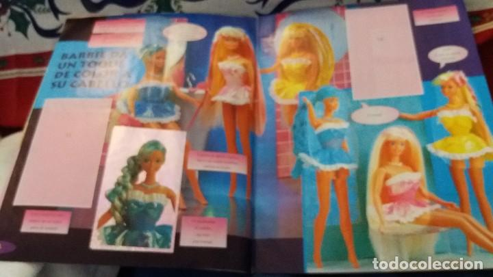 Coleccionismo Álbum: PANINI ALBUM BARBIE TM COMPLETO A FALTA DE 7 CROMOS CON POSTER CENTRAL. LEER - Foto 29 - 107823375