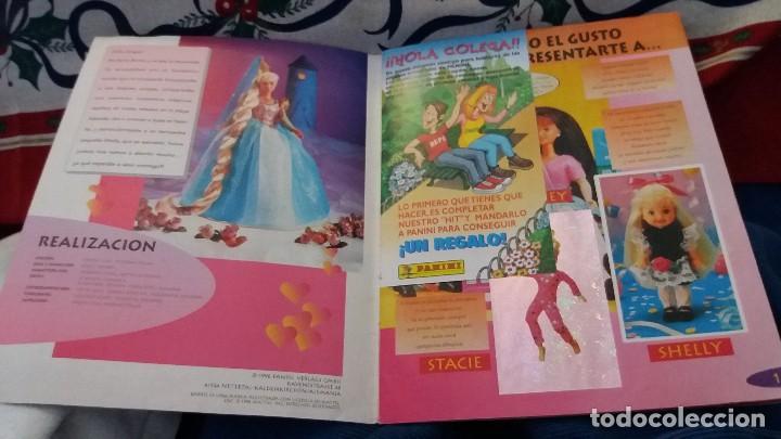 Coleccionismo Álbum: PANINI ALBUM BARBIE TM COMPLETO A FALTA DE 7 CROMOS CON POSTER CENTRAL. LEER - Foto 32 - 107823375