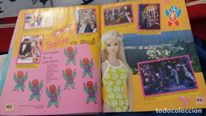 Coleccionismo Álbum: PANINI ALBUM BARBIE HOLIDAY COMPLETO A FALTA DE 14 CROMOS. LEER - Foto 6 - 107824695