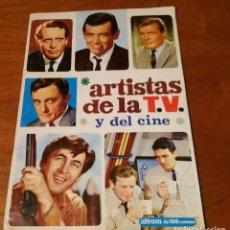 Coleccionismo Álbum: ALBUM ARTISTAS DE LA TV Y EL CIBE COMPLETO. Lote 108403563