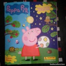 Coleccionismo Álbum: PEPPA PIG. JUEGA CON LOS OPUESTOS 2016 PANINI COLECCIÓN COMPLETA. TODOS LOS CROMOS PEGADOS. Lote 109066559