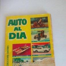 Coleccionismo Álbum: AEUTO AL DÍA 1961. Lote 120397683