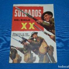 Coleccionismo Álbum: ALBUM COMPLETO - SOLDADOS DEL SIGLO XX , EDT RUIZ ROMERO 1960 , COMPLETO + SOBRE VACIO . Lote 120945563