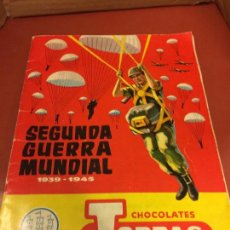 Coleccionismo Álbum: SEGUNDA GUERRA MUNDIAL 1939-1945 CHOCOLATES TORRAS - ALBUM DE CROMOS COMPLETO. Lote 126050527