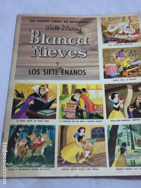 LIBRO DE ESTAMPAS BLANCA NIEVES 1970 COMPLETO EDITORIAL SUSAETA DISNAY RELATO DE LA PELÍCULA (Coleccionismo - Cromos y Álbumes - Álbumes Completos)