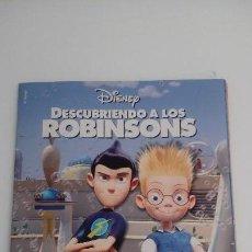 Coleccionismo Álbum: DESCUBRIENDO A LOS ROBINSONS. COLECCION COMPLETA. ALBUM CON CROMOS PEGADOS. DISNEY. PANINI. 2007.. Lote 130121631