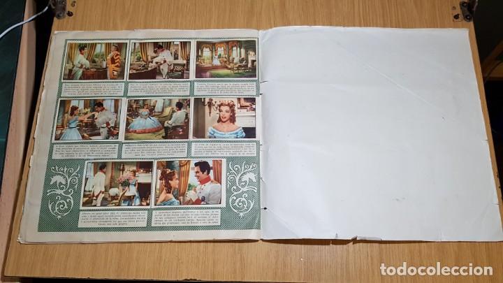Coleccionismo Álbum: BRUGUERA - LOS JOVENES AÑOS DE UNA REINA - ALBUM COMPLETO - Foto 14 - 143363546