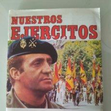 Coleccionismo Álbum: ÁLBUM DE CROMOS NUESTROS EJÉRCITOS. 1982.. Lote 143458077