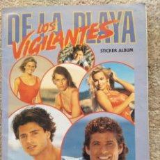 Collectionnisme Album: ALBUM LOS VIGILANTES DE LA PLAYA EDICIÓN MERLIN COMPLETO. Lote 143718526