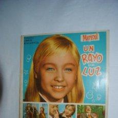 Coleccionismo Álbum: MARISOL UN RAYO DE LUZ. Lote 158293430