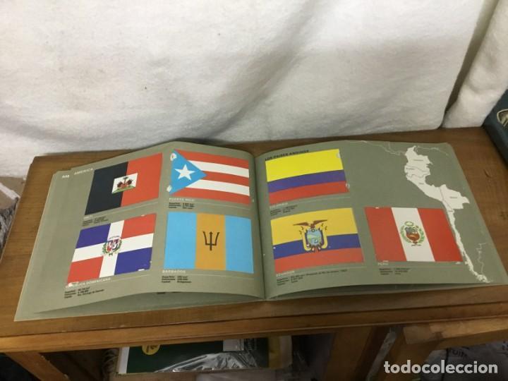 Coleccionismo Álbum: ALBUM DE CROMOS - BANDERAS DE TODO EL MUNDO - SALVAT S.A - COMPLETO - Foto 18 - 158670974
