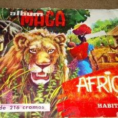 Coleccionismo Álbum: ÁFRICA Y SUS HABITANTES. ÁLBUM MAGA COMPLETO. 1965.. Lote 175084679