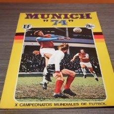 Coleccionismo Álbum: ANTIGUO ÁLBUM DE FÚTBOL COMPLETO MUNICH 74. Lote 195262157