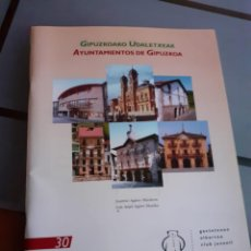 Coleccionismo Álbum: ALBUM CLUB JUVENIL COMPLETO AYUNTAMIENTOS GUIPUZCOA. Lote 209932021