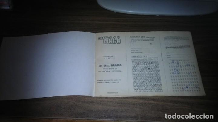 Coleccionismo Álbum: ASIA Y SUS HABITANTES (MAGA, 1972). ALBUM COMPLETO CON 252 CROMOS - Foto 2 - 215002782