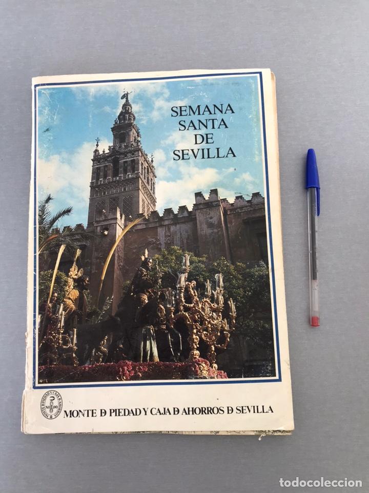 SEMANA SANTA DE SEVILLA. MAGNIFICO ALBUM DE CROMOS COMPLETO DEL CLUB JUVENIL DEL MONTE DE PIEDAD . (Coleccionismo - Cromos y Álbumes - Álbumes Completos)