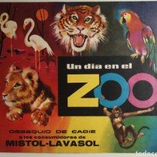 Coleccionismo Álbum: ALBUM DE CROMOS COMPLETO UN DIA EN EL ZOO. Lote 240394375