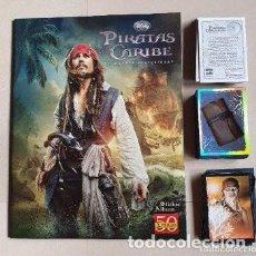Coleccionismo Álbum: COLECCIÓN COMPLETA PIRATAS DEL CARIBE MAREAS MISTERIOSAS PANINI 2011 CROMOS SIN PEGAR. Lote 241162500