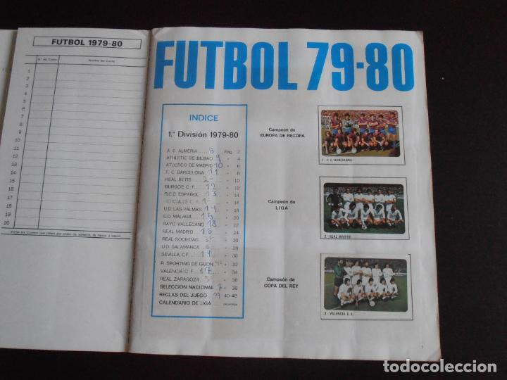 Coleccionismo Álbum: ALBUM DE CROMOS, FUTBOL 79-80, 1ª DIVISION Y SELECCION NACIONAL, COMPLETO, CROMO CROM - Foto 2 - 261347320