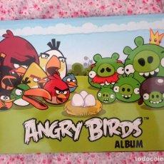 Coleccionismo Álbum: ALBUM DE E-MAX, ANGRY BIRDS ALBUM COMPLETO, CONTIENE EL POSTER CENTRAL. Lote 266473533