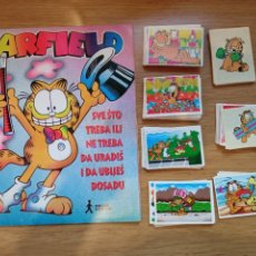 Coleccionismo Álbum: GARFIELD ALBUM Y COLECCION COMPLETA SIN PEGAR 202 CROMOS. Lote 268775304
