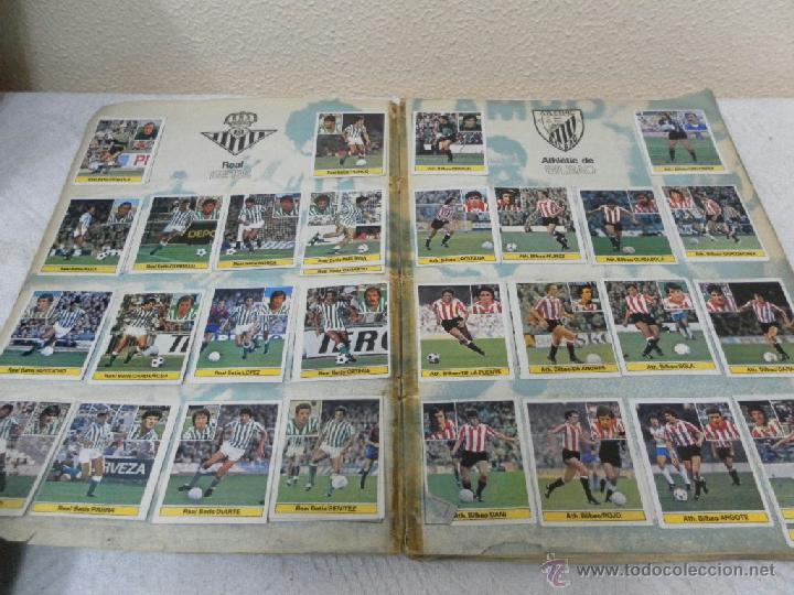 Álbum de fútbol completo: Álbum de cromos. Campeonato de futbol. Liga 81/ 82. Completo - Foto 3 - 40148563
