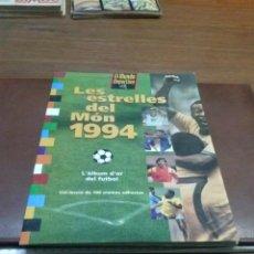 Álbum de fútbol completo: ALBUM LES ESTRELLES DEL MON 1994 100 CROMOS COMPLETA. Lote 40847968