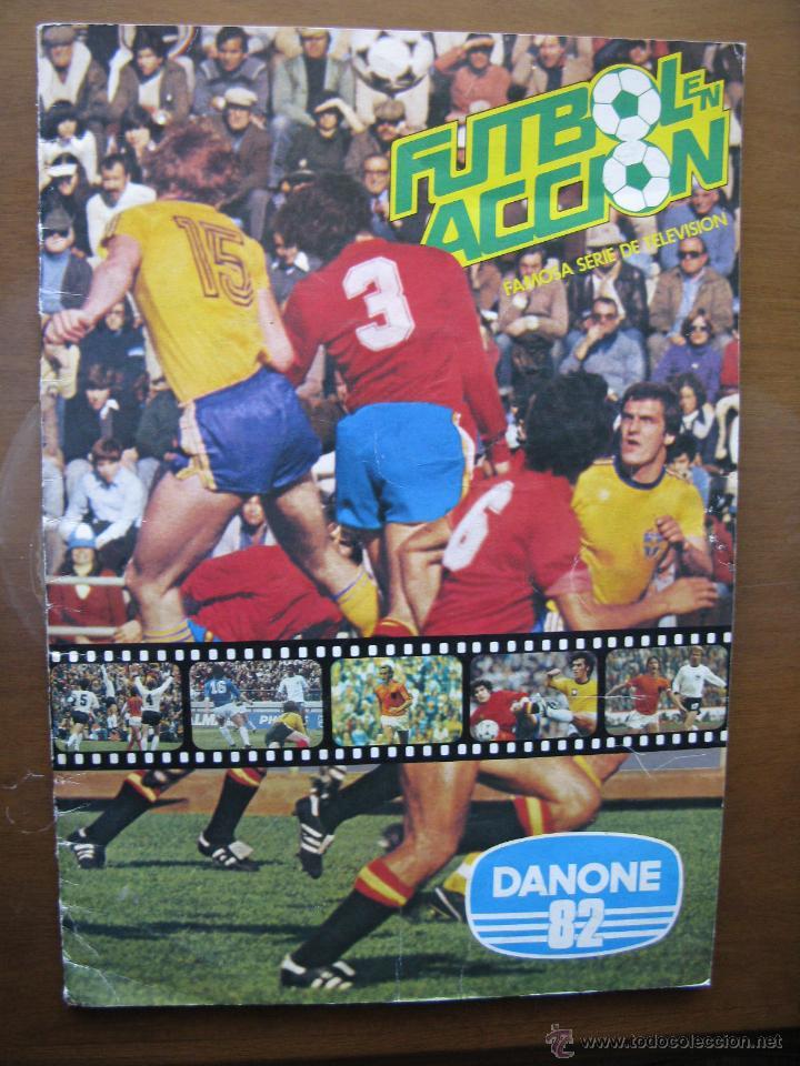 ALBUM/ALBUN FUTBOL EN ACCIÓN. DANONE 82. 96 CROMOS. COMPLETO. 1981. (Coleccionismo Deportivo - Álbumes y Cromos de Deportes - Álbumes de Fútbol Completos)