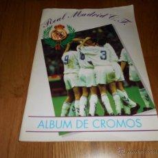 Álbum de fútbol completo: ALBUM DE CROMOS DE FÚTBOL REAL MADRID C.F. EDITADO POR MAGIC BOX. COMPLETO.. Lote 52803173