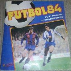 Álbum de fútbol completo: ALBUM DE CROMOS FUTBOL 84 , 1º Y 2º DIVISION , PANINI COMPLETO Y CON POSTER MUY RARO. Lote 56174940