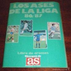 Álbum de fútbol completo: LOS ASES DE LA LIGA 86-87- FUTBOL, LIBRO DE CROMOS OBSEQUIO DE AS, COMPLETO CON 235 CROMOS.. Lote 57487207