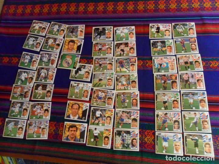 Álbum de fútbol completo: ESTE LIGA 1975 1976 75 76 INCOMPLETO 1997 1998 97 98 COMPLETO. REGALO ARTUA ESPAÑA 1982 Y FÚTBOL 88. - Foto 2 - 67578901