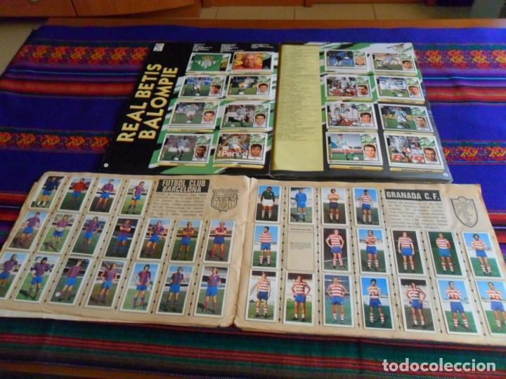 Álbum de fútbol completo: ESTE LIGA 1975 1976 75 76 INCOMPLETO 1997 1998 97 98 COMPLETO. REGALO ARTUA ESPAÑA 1982 Y FÚTBOL 88. - Foto 5 - 67578901