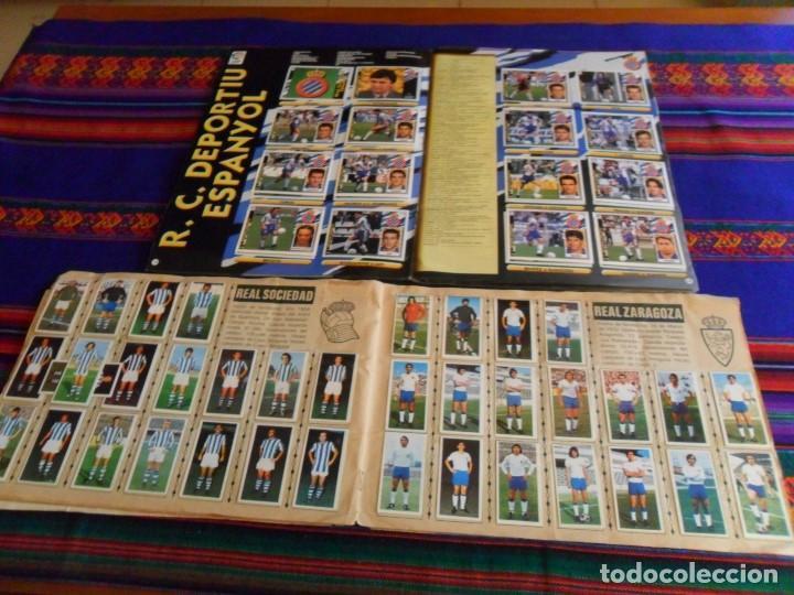 Álbum de fútbol completo: ESTE LIGA 1975 1976 75 76 INCOMPLETO 1997 1998 97 98 COMPLETO. REGALO ARTUA ESPAÑA 1982 Y FÚTBOL 88. - Foto 9 - 67578901