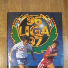 Álbum de fútbol completo: ÁLBUM LIGA ESTE 96/97. MUY COMPLETO CON 133 COLOCAS Y DOBLE VERSIÓN SECRETARIO. Lote 79758673